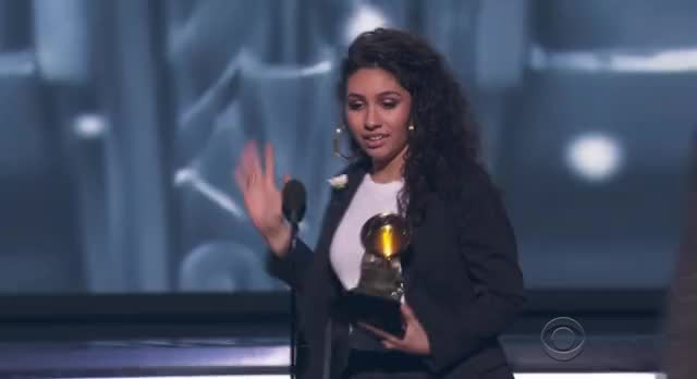 Watch and share Alessia Cara GIFs and Grammys 2018 GIFs by Reactions on Gfycat