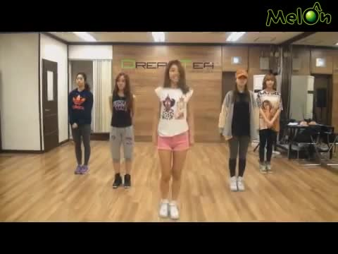 Watch and share Sojin Dance GIFs by slowboyazn on Gfycat