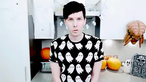 Watch Halloween Baking- SPOOKY CUPCAKES GIF on Gfycat. Discover more amazingphil, dan, dan howell, danisnotonfire, do not repost, gif: both, gif: dan, gif: phil, my gif, phil, phil lester GIFs on Gfycat