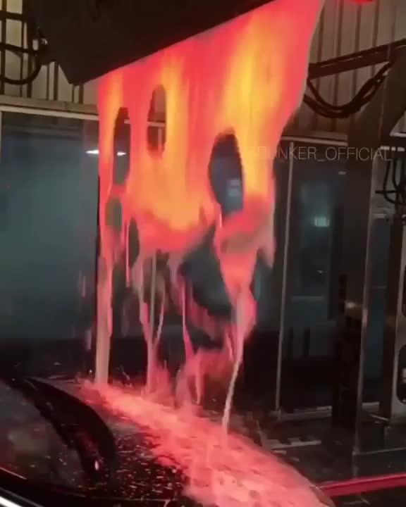 Carwash makes its foam look like lava GIFs