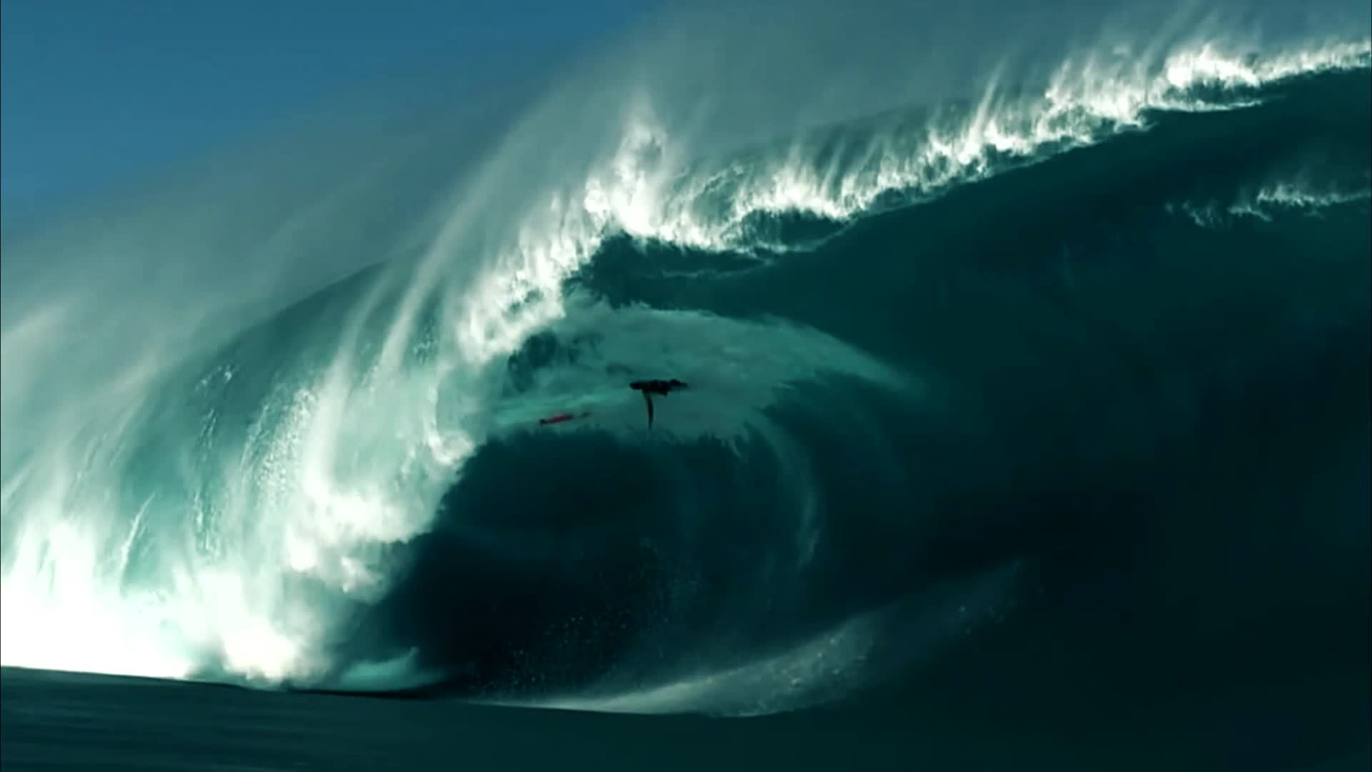 surf, surfing, waves, Teahupo'o reef break- 'to sever the head' 'place of skulls' GIFs