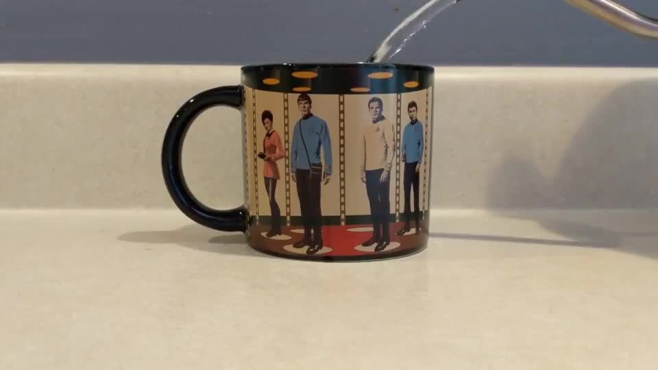 star trek, oddly satisfying, Star Trek heat activated mug GIFs