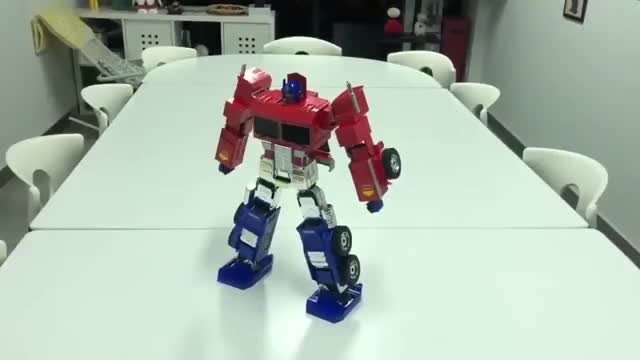 Watch and share Optimus Prime GIFs by hyperking69 on Gfycat
