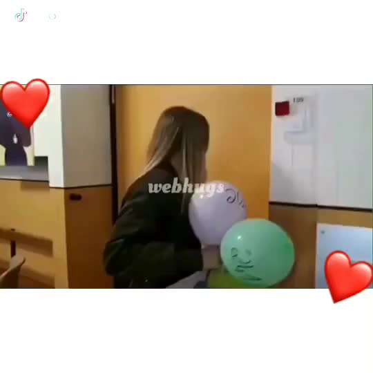This is so cute☺️tag some1 you'd do anything 4💘 #ibfs #firsthug #ibf #hug #breakthedistance #meeting ibfs ibf firsthug GIF