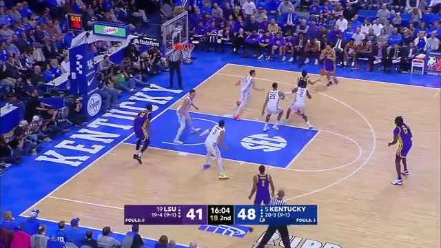 Watch and share Los Angeles Lakers GIFs and Nba Funny Moments GIFs by EvzSports on Gfycat