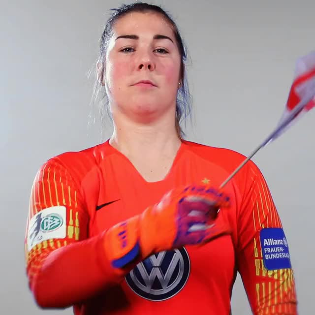 Watch and share 27 FlagENG3 GIFs by VfL Wolfsburg on Gfycat
