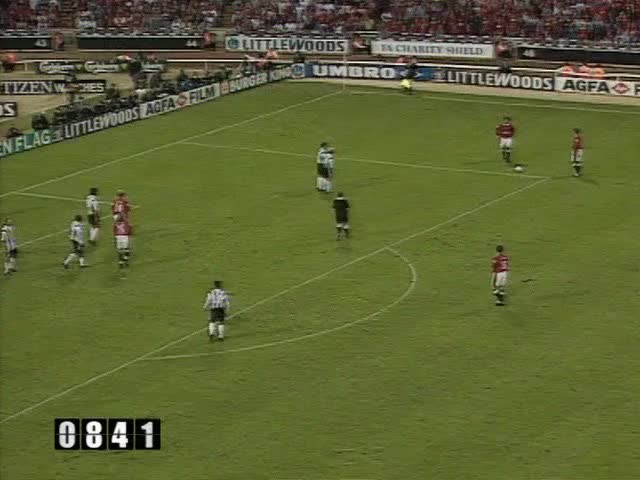 Watch 04 Keane (Charity Shield) GIF by @mu_goals_2 on Gfycat. Discover more related GIFs on Gfycat