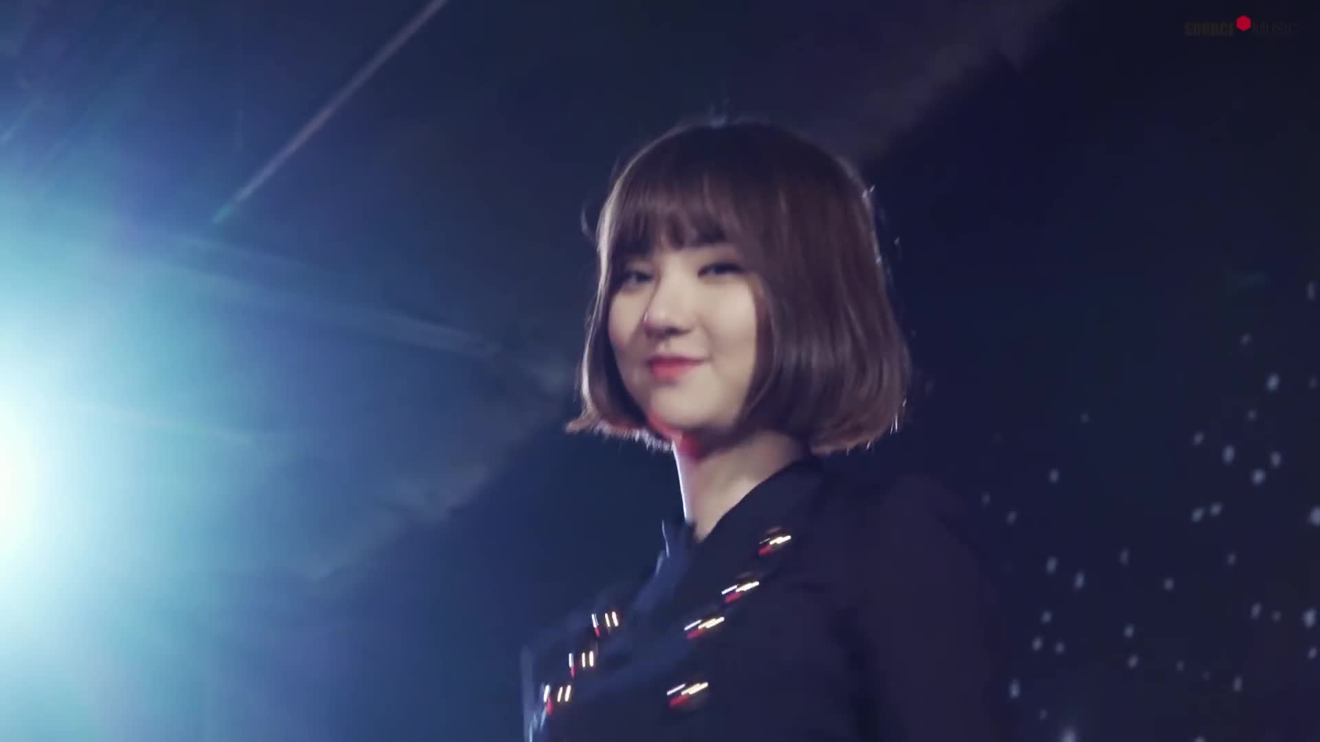 gfriend, sowon, yerin, 소원, 신비, 엄지, 여자친구, 예린, 유주, 은하, finger guns GIFs