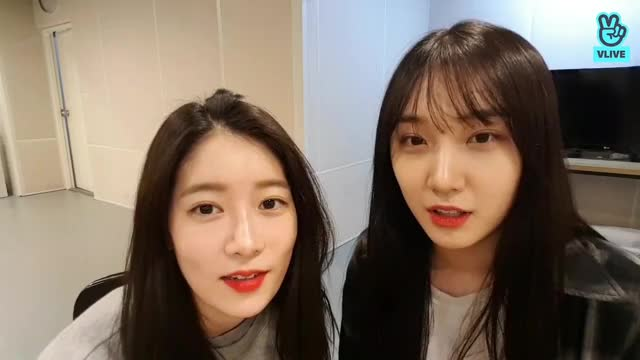 Watch and share Kpopgfys GIFs and Pristin GIFs by theangrycamel2018 on Gfycat