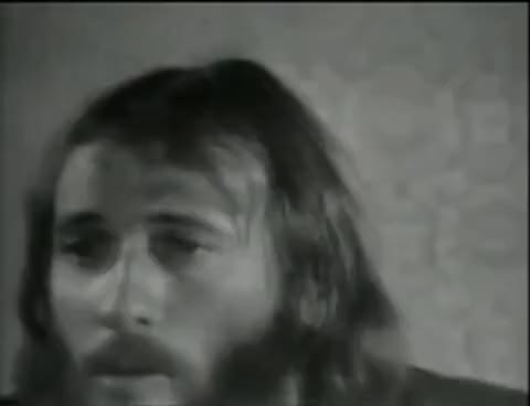 Watch this trending GIF on Gfycat. Discover more Maurice Gibb, singer GIFs on Gfycat
