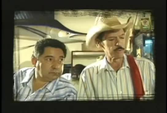 Watch and share Luis Y Julian - El Viejo Paulino GIFs on Gfycat