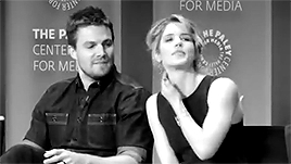 Stephen Amell, arrow, arrow cast, arrowedit, emily bett rickards, stemily, stephen x emily, ARROW GIFs