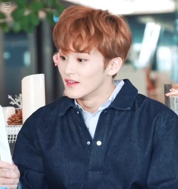 Watch and share 마크 되게좋아 GIFs by PGLY on Gfycat