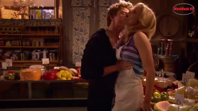 Watch this trending GIF by brbrbr (@crosshaze) on Gfycat. Discover more hot, julie bowen (tv actor), kissing GIFs on Gfycat