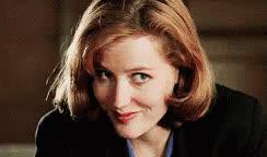 gillian anderson, Gillian Anderson Scully GIFs