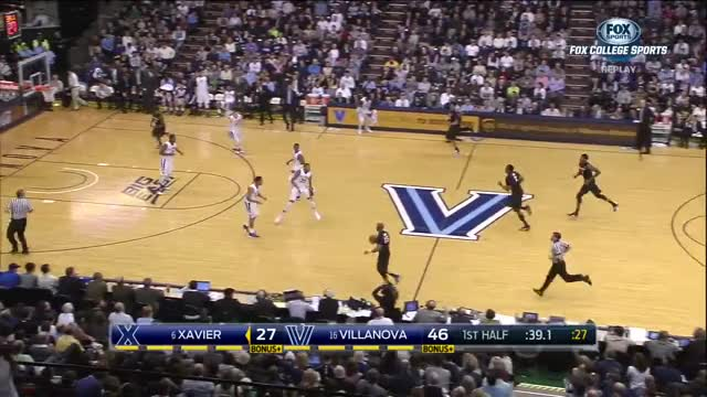 Watch and share NCAA Basketball 2015.12.31. (6) Xavier Musketeers @ (17) Villanova Wildcats GIFs on Gfycat