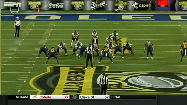 Watch and share Ncaa Fb GIFs and Madden GIFs by bscaff on Gfycat