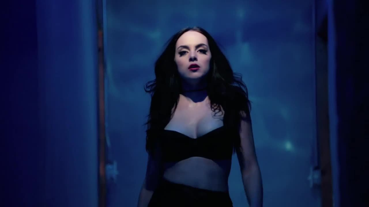 Celebs, lizgillies, Liz Gillies Music Video Plot (MIC+Source) (reddit) GIFs