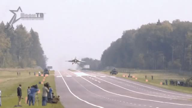 Watch and share Aviation GIFs and Friends GIFs by fuzzusmaximus on Gfycat