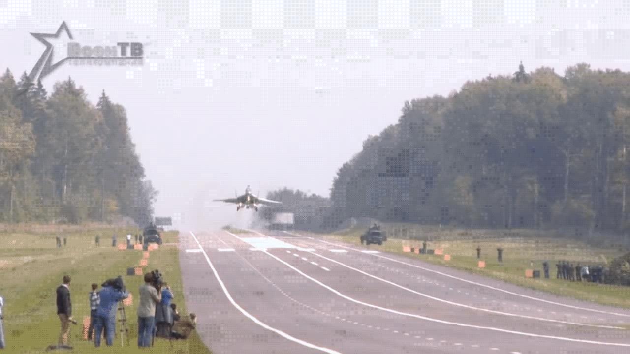 aviation, friends, MiG-29 Aborted highway landing in Belarus (reddit) GIFs