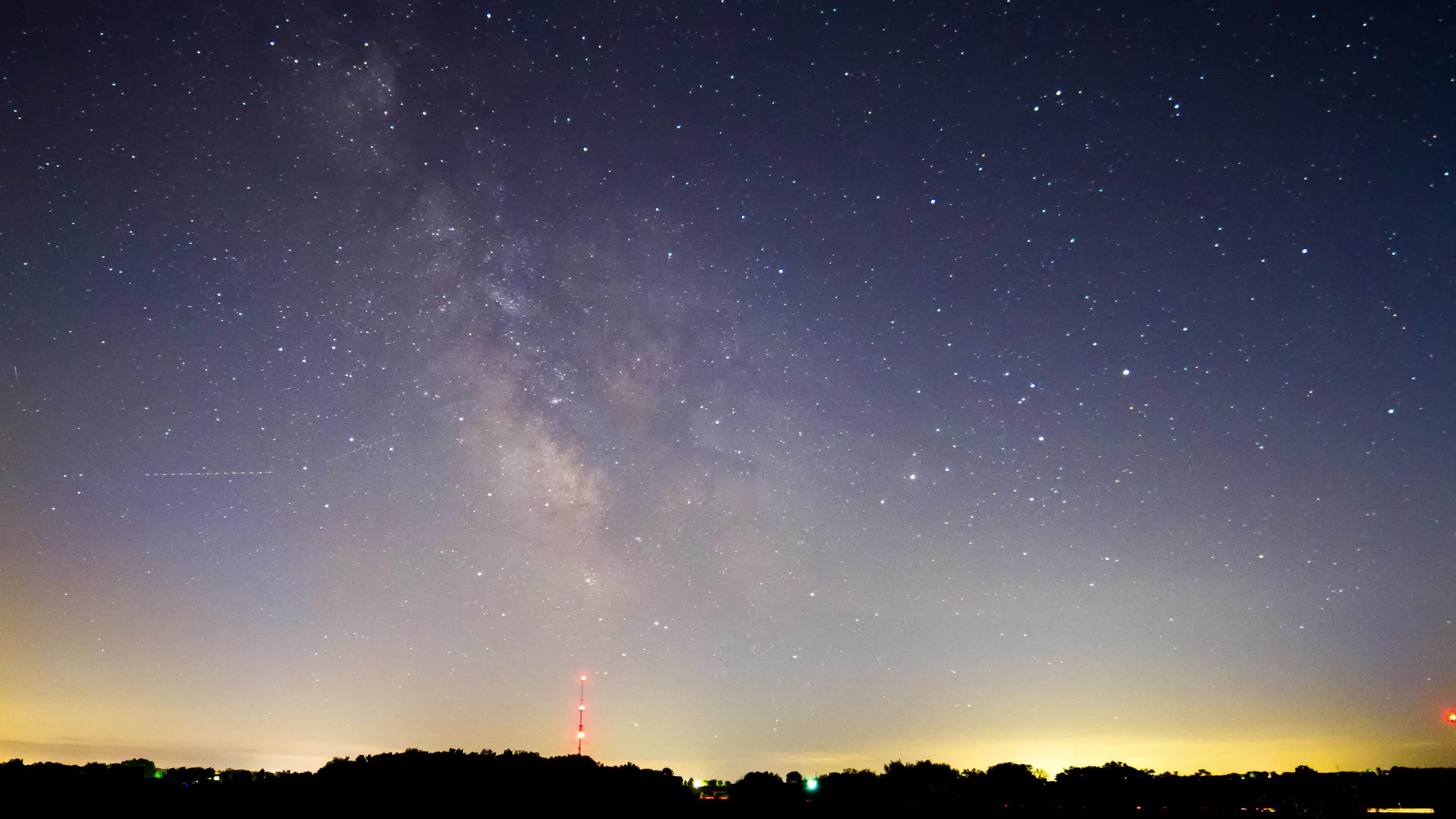 Astrophotography, MilkyWay, Timelapse, Milky Way, it's the earth that's moving. GIFs