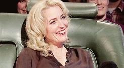 cutieee^^, gaedit, gillian anderson, gillian*-*, hannibal cast, her smile is everything, maaaah, my edit, txf cast, Gillian Anderson + adorable smile GIFs