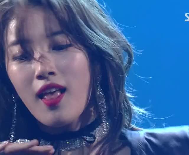Watch and share Bae Suzy Dance Peformance GIFs on Gfycat