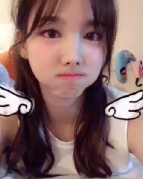 Watch angel GIF by @sil130 on Gfycat. Discover more Nayeon, Twice, kpop GIFs on Gfycat