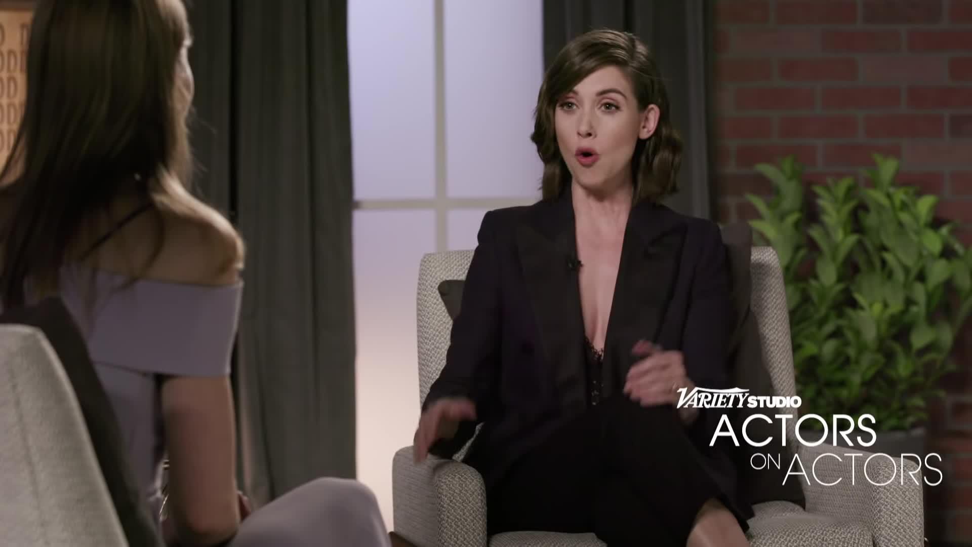 Alison Brie, ladies in suits, ladiesinsuits, women in suits, Alison Brie & Jessica Biel Full - Full Actors on Actors Discussion GIFs