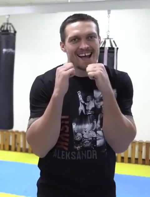 Watch usyk GIF by @stas8t on Gfycat. Discover more boxing, usyk, бокс, усик GIFs on Gfycat