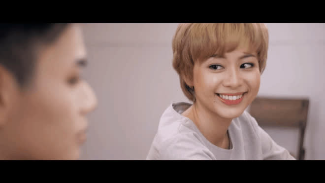 VJ Tuyền Tăng, hotgirl Trang Anna bất ngờ ghi danh cùng lúc tại The Look online 2017