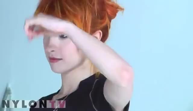 Watch Hayley Williams GIF on Gfycat. Discover more hayley, hayley williams, paramore GIFs on Gfycat