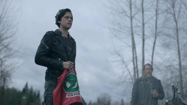 Watch Riverdale 2x22 Jughead becomes Serpent King and gives Cheryl a Serpent Jacket (2018) HD GIF on Gfycat. Discover more All Tags, Cole, Mendes, Riverdale, apa, archieronnie, beronica, bughead, camila, cast, cw, interview, jetty, kj, lili, reinhart, season, sprouse, varchie GIFs on Gfycat