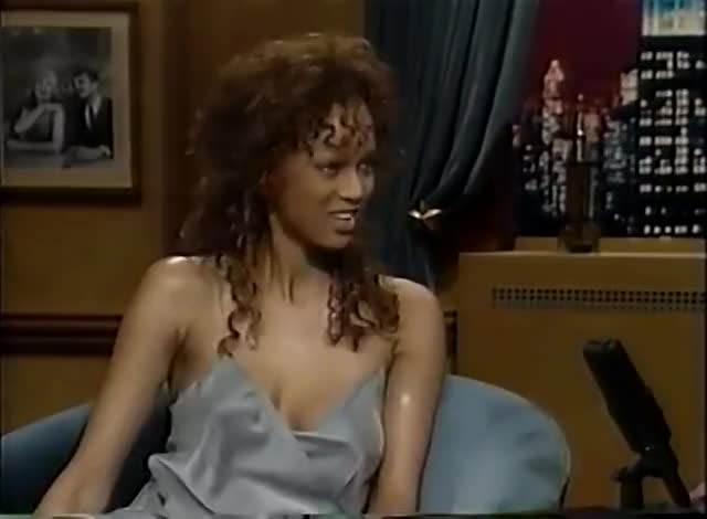Watch and share Tyra Banks GIFs by badababa on Gfycat