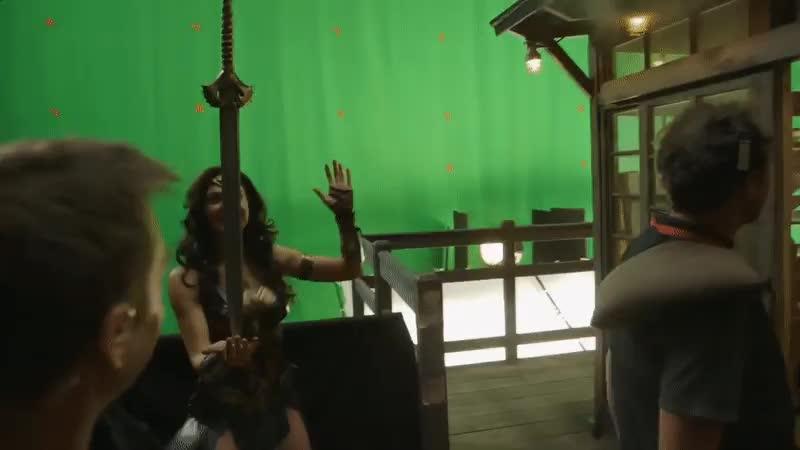 celebs, funny, gal gadot, wonder woman, Wonder Woman - VFX?  GIFs