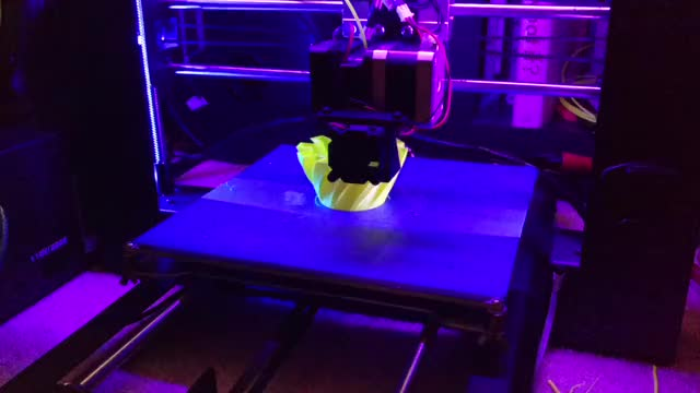 Watch and share 3dprinting GIFs by slothbron on Gfycat