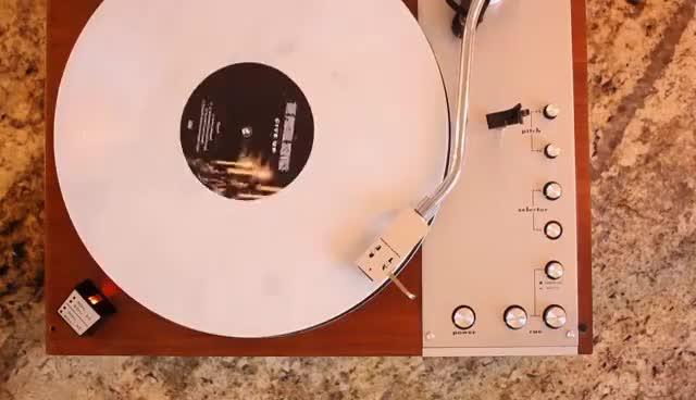 Watch vinyl GIF on Gfycat. Discover more vinyl GIFs on Gfycat