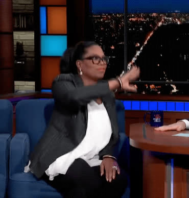celebs, hello, hi, oprah, oprah winfrey, the late show, wave, Oprah Waving GIFs