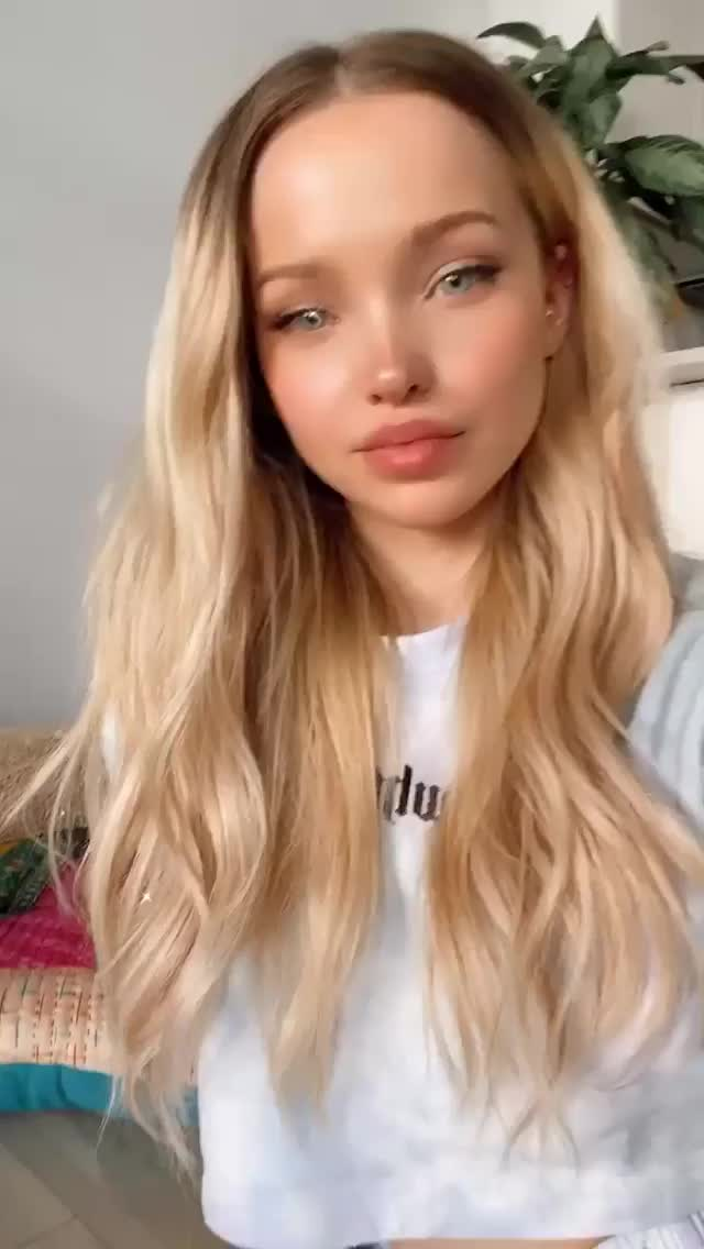 Watch and share Dove Cameron GIFs by Tim K on Gfycat