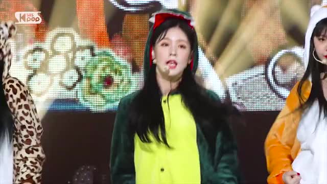 Watch and share Fancam GIFs and Miyeon GIFs by Skopsy on Gfycat