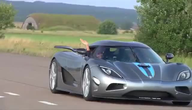 Top 30 Koenigsegg Agera R Gifs Find The Best Gif On Gfycat