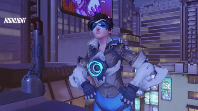 Watch and share Overwatch GIFs and Tracer GIFs by thepunisherx on Gfycat