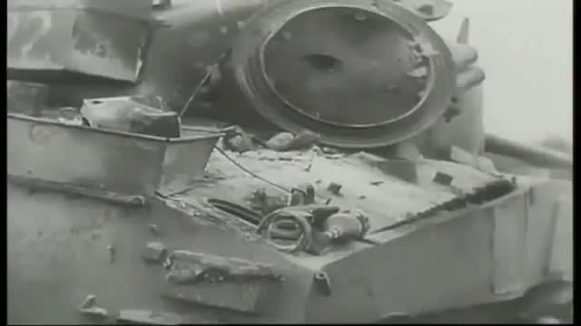 destroyedtanks, tankporn, Examining the wreck of an M4 Sherman knocked out by AP shot [gfy][x-post r/MilitaryGfys] (reddit) GIFs