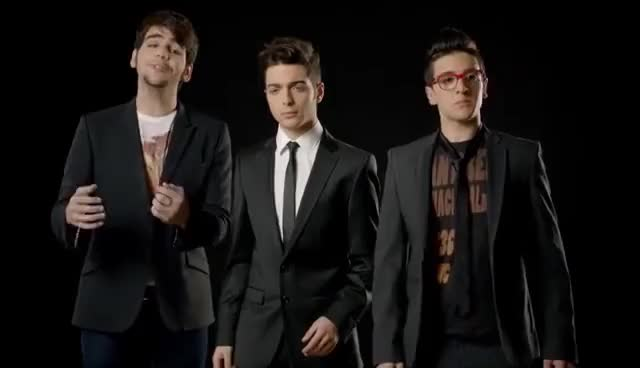 Watch il volo 2 GIF on Gfycat. Discover more related GIFs on Gfycat