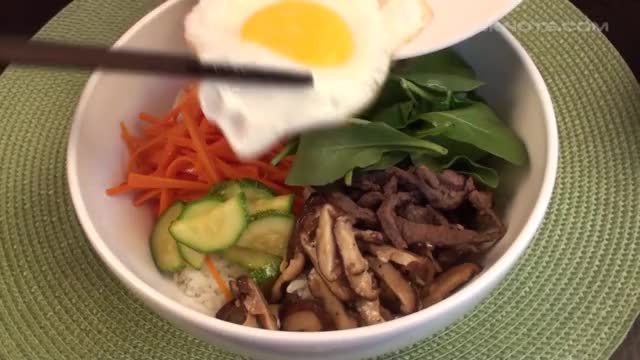 Watch Bibimbap - Korean Mixed Vegetables and Rice GIF on Gfycat. Discover more bibimbap, rice, vegetable GIFs on Gfycat