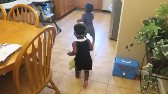 Watch JAYLA HAS A CONVERSATION WITH DAD & MOM WEARS A CROP TOP! 👶🏽👶🏾😍 GIF on Gfycat. Discover more Jayla, Married, Pregnancy, Twins, diet, expecting, fitness, health, itsjudyslife, jaxson, life, reality, relationship, teamtransformation, thesocialitelife, thesocialitelifetv, vloggers, vlogging, vlune, workout GIFs on Gfycat