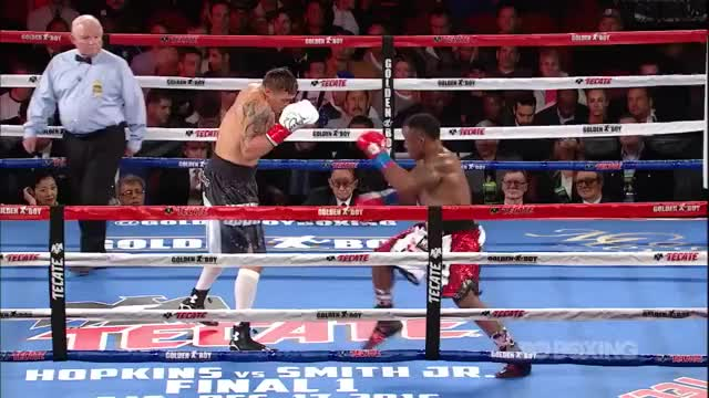 Watch Oleksandr Usyk vs. Thabiso Mchunu GIF by @redditmedia on Gfycat. Discover more boxing GIFs on Gfycat