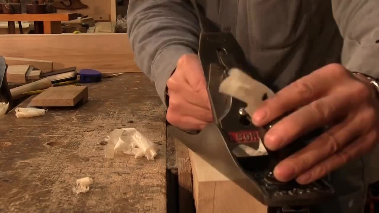 woodworking, How to make square stock straight, smooth and square (stock preparation part 1) | Paul Sellers GIFs