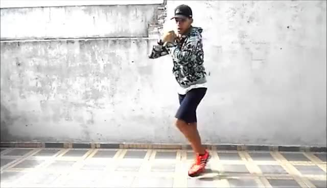 Watch and share MC Dadinho - Lança O Passinho Do Romano (Fezinho Patatyy) (DJ Dn De Caxias) GIFs on Gfycat