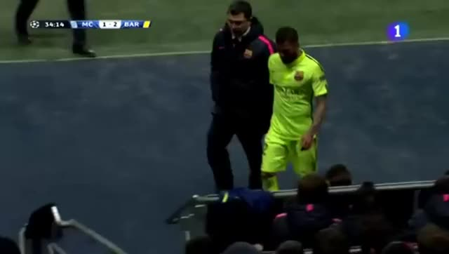 Watch this GIF on Gfycat. Discover more idiotsfightingthings, soccer GIFs on Gfycat